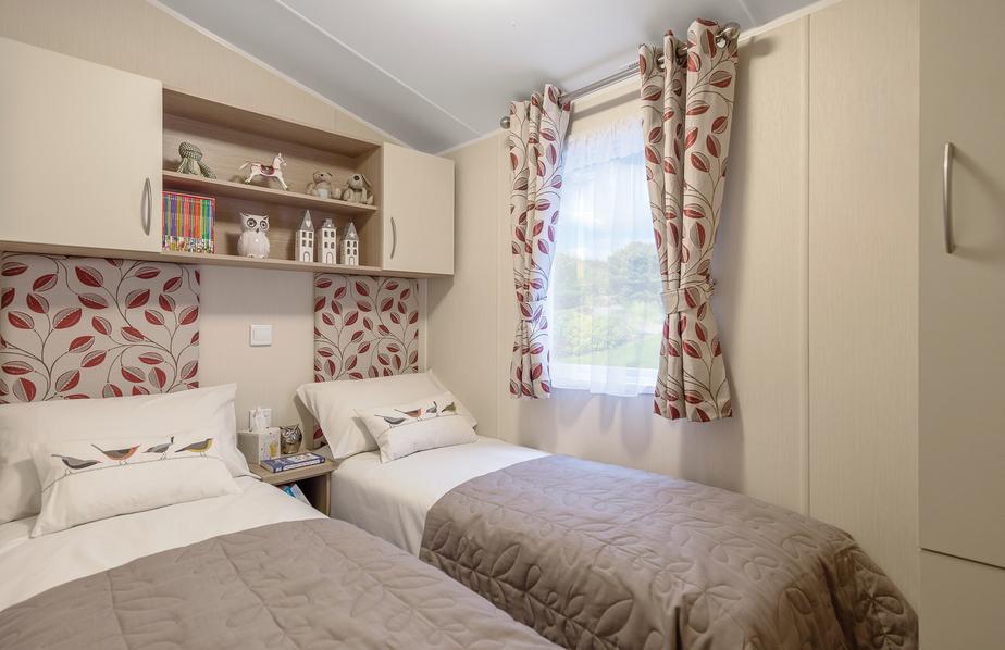 2015-Willerby-Brockenhurst-Twin-Bedroom