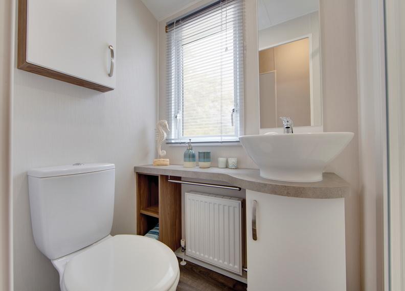 2018-Willerby-Avonmore-Bathroom