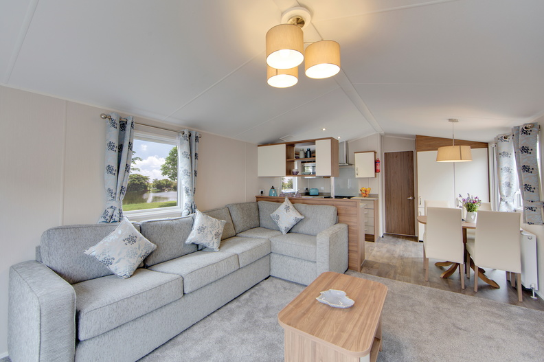 2018-Willerby-Avonmore-Interior-Living-Space-2