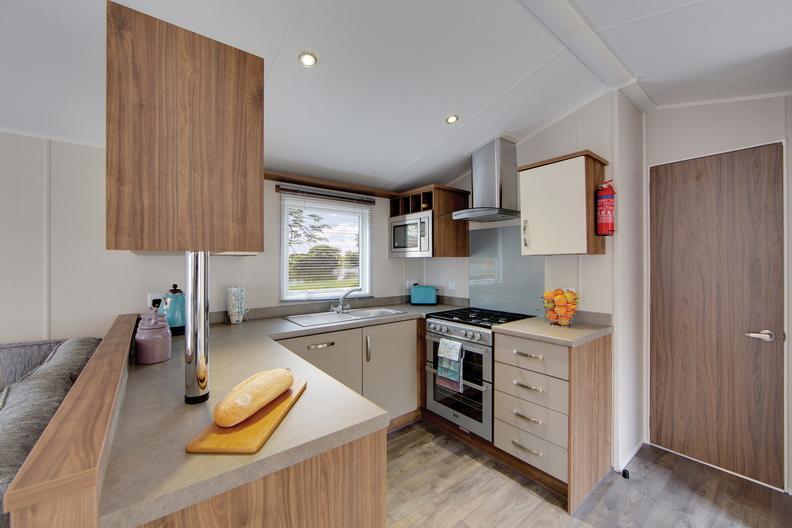 2018-Willerby-Avonmore-Kitchen
