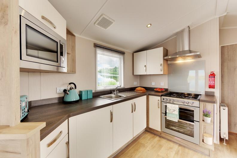 2018-Willerby-Skye-Kitchen