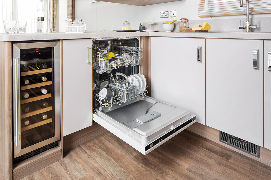 INT-Chamonix-Lodge-Dishwasher-SWIFT