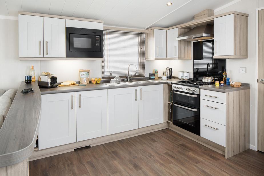INT-Moselle-38-x-12-2B-Kitchen-SWIFT