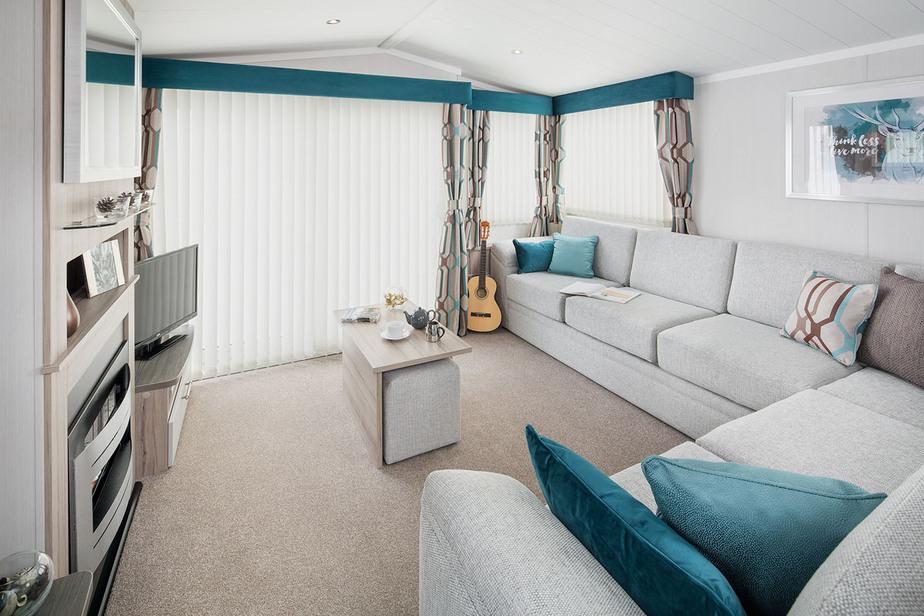 INT-Moselle-38-x-12-2B-Lounge-SWIFT