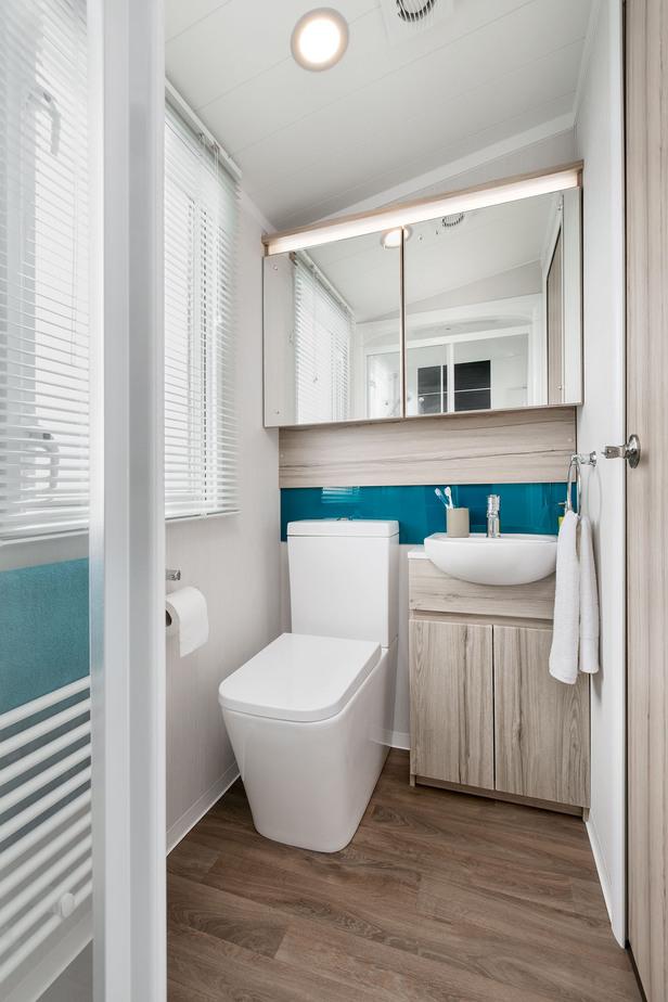 INT-Moselle-38-x-12-2B-Washroom-SWIFT